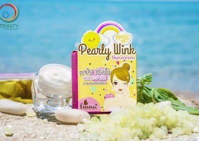 กล่องครีม Pearly Wink Sunscreen